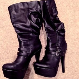 SZ 8 BOOTS FROM CHARLOTTE RUSSE